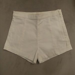 H&M White High-waisted Shorts
